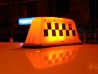 Омская ГИБДД занялась таксистами-нарушителями