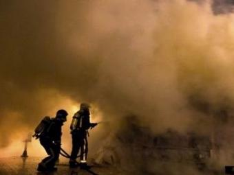 Неменее 17 человек погибли врезультате пожара наскладе вКитае