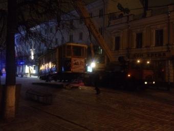 Трамвай наТрехсвятской демонтирован собственником
