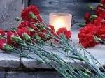 К дипмиссии Норвегии в Москве горожане приносят цветы
