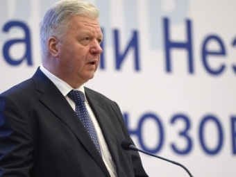 Глава профсоюзов России считает, что зарплаты встране должны составлять 70-100 тысяч рублей