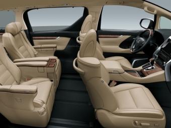 Стартовали российские продажи Toyota Alphard