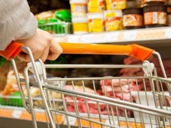 ВОмске рост цен напродукты некоснулся только огурцов ипомидоров