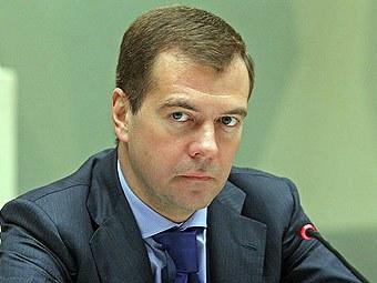 Медведев приказал разработать  новый закон о медицине