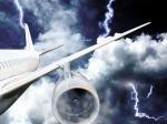 В «Шереметьево» вприземлявшийся самолет ударила молния