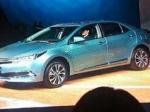 Toyota представила гибридную версию Corolla