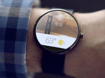 Хакер соединил «умные часы» для Android сiPhone