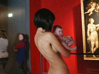 Художница изШвейцарии пришла голой внемецкий музей