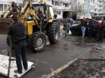 ВКрасноярском крае женщина-дворник нашла вкуче мусора тело недоношенного ребенка