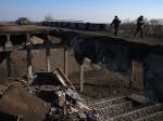 ФСБ: Украинские военные заминировали мосты награнице сКрымом