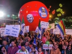 Многотысячная демонстрация против переизбрания Нетаньяху прошла вТель-Авиве