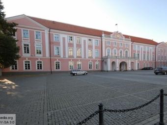 ВЭстонии глава парламентской фракции назвал свою страну «банановой республикой»