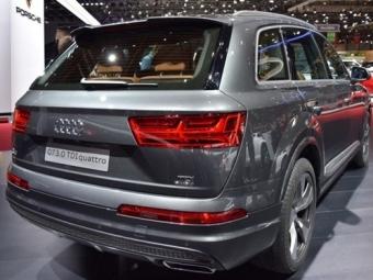 Новый кроссовер Audi Q7 вРоссии будет поцене от3,63 миллиона рублей