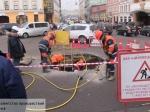 Насевере Москвы надороге обвалился грунт, вогромную яму провалилась иномарка