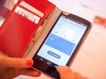 Челябинская мама заставила 12-летнюю дочь украсть телефон уодноклассницы