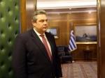 Афинам нельзя покидать еврозону— Министр обороны Греции