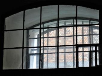 Вкарцере СИЗО заключенный повесился наштанине— Москва