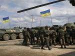Яценюк требует привестиВС Украины вбоевую готовность