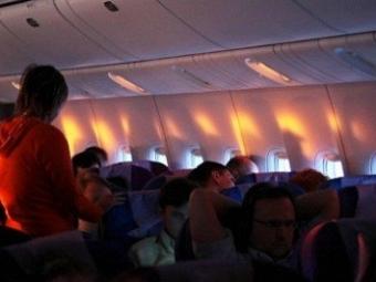 Пассажир рейса «Санкт-Петербург— Москва» устроил дебош наборту самолета