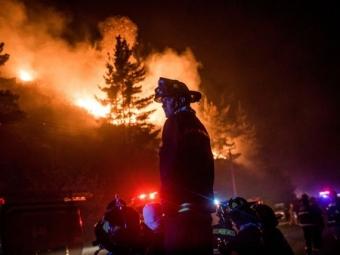 Вштате Монтана эвакуирован горнолыжный курорт из-за лесных пожаров