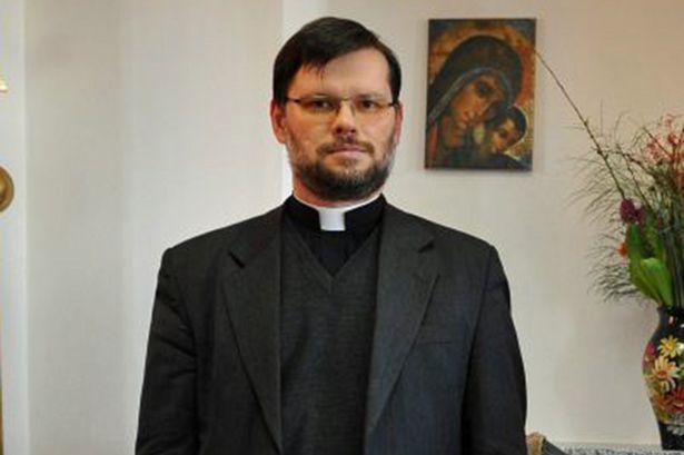 Польский священник устроил массовый сеанс экзорцизма вдетском лагере