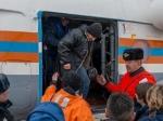 Усудна, эвакуирующего спасенных моряков траулера, случилась поломка двигателя