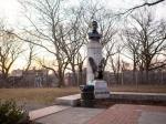 ВНью-Йорке появился памятник эдварада Сноудена