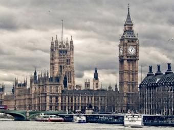 Похищено драгоценностей на100 миллионов фунтов— Британское ограбление века