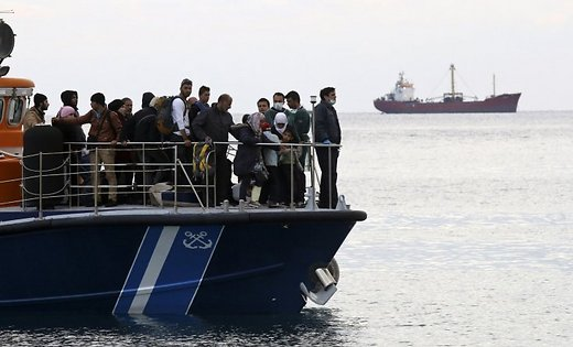 Inopressa: Греция не найдет спасения в Москве