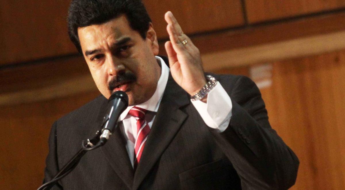 Мадуро потребовал отСША компенсаций отвторжения вПанаму в1989 году