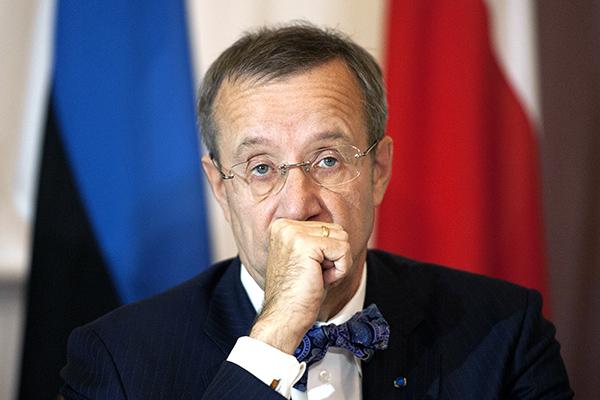Нас завоюют зачетыре часа: перепуганный президент Эстонии просит помощи НАТО