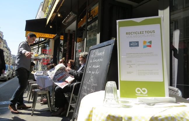 Париж: брошенный окурок на пол теперь будет стоить 68 евро