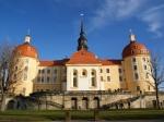 Встаринном немецком замке обнаружили тайник Гитлера сконьяком ишампанским
