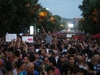 ВАрмении демонстранты выйдут нановый митинг, невзирая науступки властей