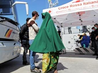 ВВенгрии против беженцев применили слезоточивый газ