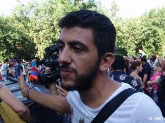 Протестующие вцентре Еревана перестали шуметь ради спокойствия местных жителей