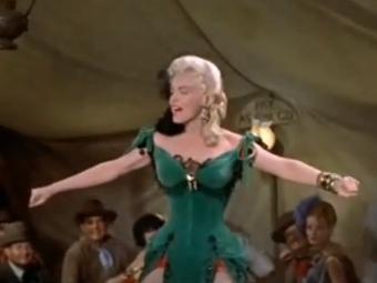 Платье Мэрилин Монро продали за полмиллиона долларов