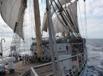 Российский фрегат обошел Сан-Франциско стороной из-за угрозы ареста
