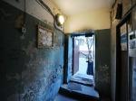 Обитатели аварийного общежития устроили пикет у мэрии Москвы