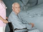 В Югре тяжелобольные люди получат сертификаты для найма сиделок