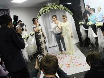 Невесты города Октябрьского прошли обучение в школе