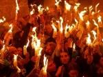 Благодатный огонь вечером доставят в Москву из Иерусалима