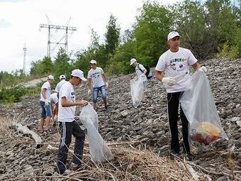Берег Волги очистили от мусора