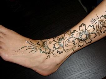 фото рисунки на ногах