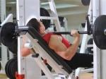 Соц. исследование: занятия спортом приносят офисным клеркам радость и счастье