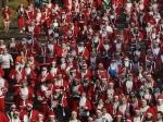 Около 6-ти тысяч Санта-Клаусов пробежали по центру Мадрида
