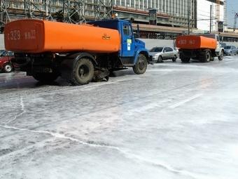Дороги и улицы Москвы помоют раньше срока из-за аномального тепла
