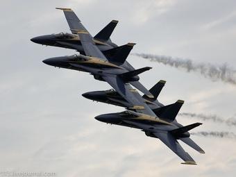 Американская лётная группа Blue Angels снова в строю