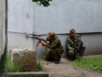 Из Донецка запрещен вывоз продовольствия, в Луганске начались бои