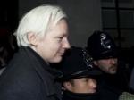 Ассанж может сдаться полиции Великобритании